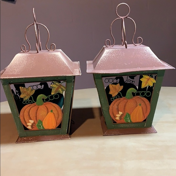 Set of 2 harvest candle lanterns